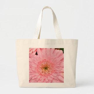 Beautiful pink zinnia flower jumbo tote bag