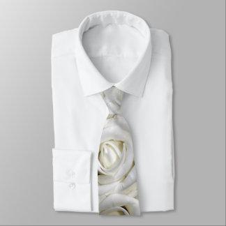 beautiful romantic white roses tie