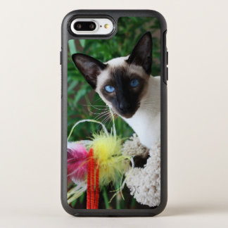 Beautiful Siamese Cat Playing With Toy OtterBox Symmetry iPhone 7 Plus Case
