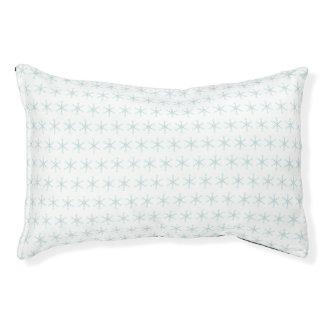 Beautiful snowflake pattern pet bed