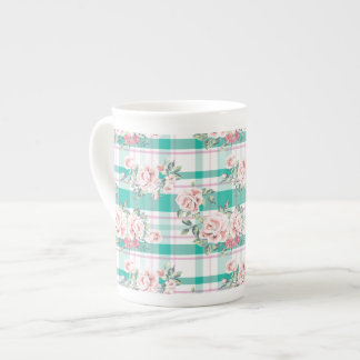 Beautiful Vintage Flowers Rose Pattern Tea Cup