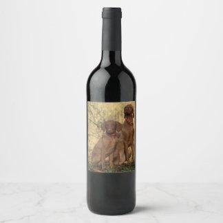 Beautiful Vizsla Sporting Dogs Wine Label