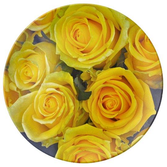 Beautiful yellow roses porcelain plate