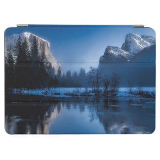 Beautiful yosemite national park landscape iPad air cover
