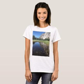 Beautiful Yosemite National Park T Shirt
