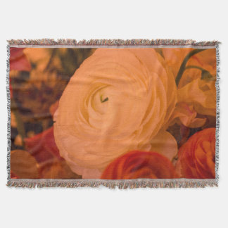 BEAUTY SURROUNDS THROW BLANKET