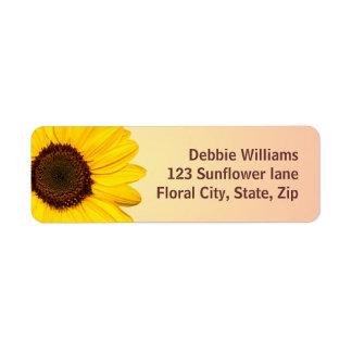 Beaux étiquettes de adresse jaunes de retour de to étiquette d'adresse retour
