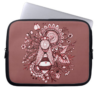 Bee 2 laptop sleeve