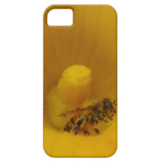 Bee Covered in Pollen Case For The iPhone 5