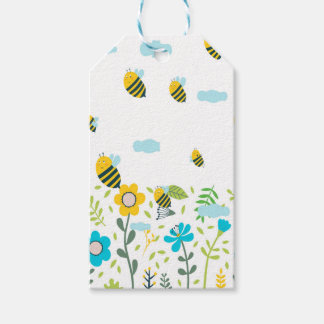 Bee Flying Gift Tags