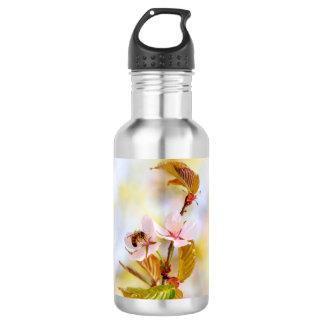 Bee On A Cherry Flower 532 Ml Water Bottle