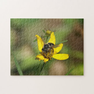 Bee, Photo Puzzle. Jigsaw Puzzle