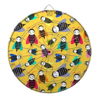 bees animal pattern dartboard