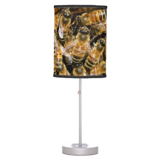 Bees carpet table lamp