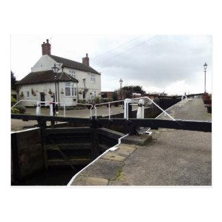 Beeston Lock Cottages Postcard