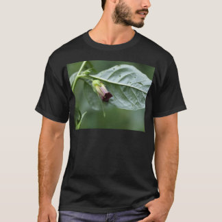 Belladonna or deadly nightshade (Atropa belladonna T-Shirt