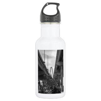 Below Arthur Ravenel Grayscale 532 Ml Water Bottle