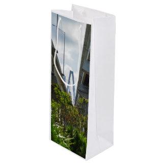 Below Arthur Ravenel Wine Gift Bag