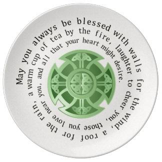 Bénédiction irlandaise et croix celtique assiette en porcelaine