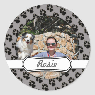 Bennett - Aussie Mini - Rosie - Carmel Beach Round Sticker