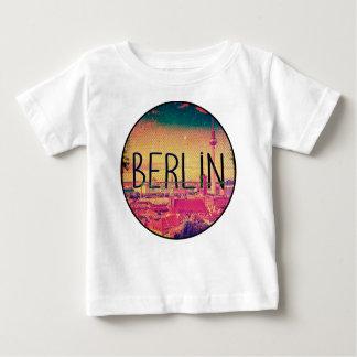 Berlin, circle baby T-Shirt