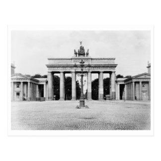 Berlin, Germany Brandenburg Gate Vintage Postcard