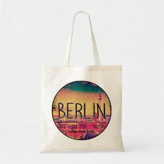 Berlin, Love This City series, circle Tote Bag