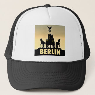 BERLIN Quadriga 002.1 Brandenburg Gate Trucker Hat