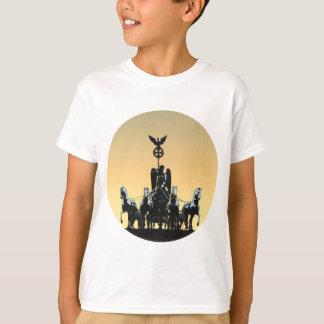 Berlin Quadriga Brandenburg Gate 002.1 rd T-Shirt