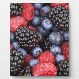 berries background plaque