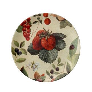 BERRIES BERRIES porcelain plate