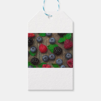 berry fruit background gift tags