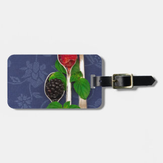 berry fruit background luggage tag