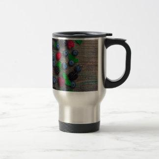 berry fruit background travel mug