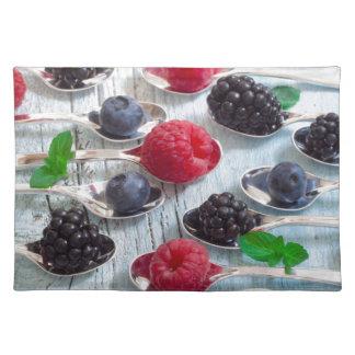 berry fruit place mat