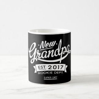 Best New Grandpa 2017 Dark Coffee Mug