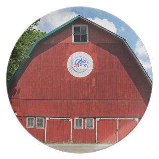 Bicentennial Barn III Plate