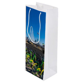 Bicycles And Dallas Wine Gift Bag