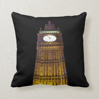 Big Ben, London (poster edge effect) Throw Pillow