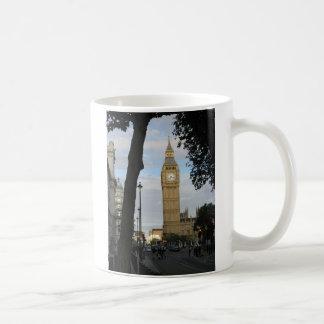 Big Ben through the Tree Mug
