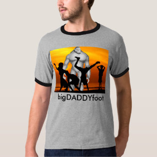 Bigfoot Daddy : Happy Father's Day T-Shirt