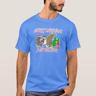 Bigfoot Family Christmas 2 T-Shirt