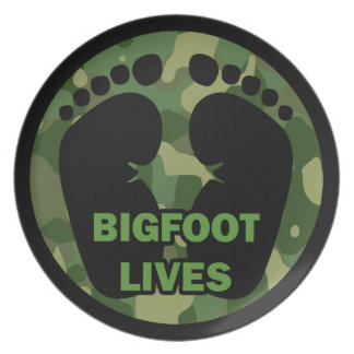Bigfoot Lives Party Plate