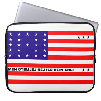 Bikini Atoll flag symbol Laptop Sleeve