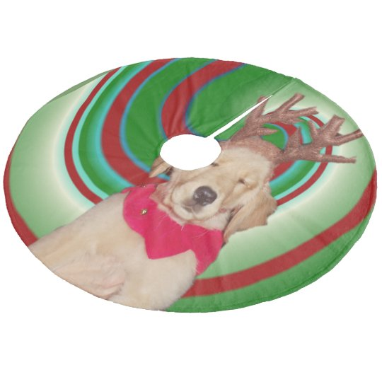 billie-the-golden-reindeer fleece tree skirt