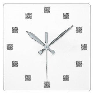 Binary QR Clock