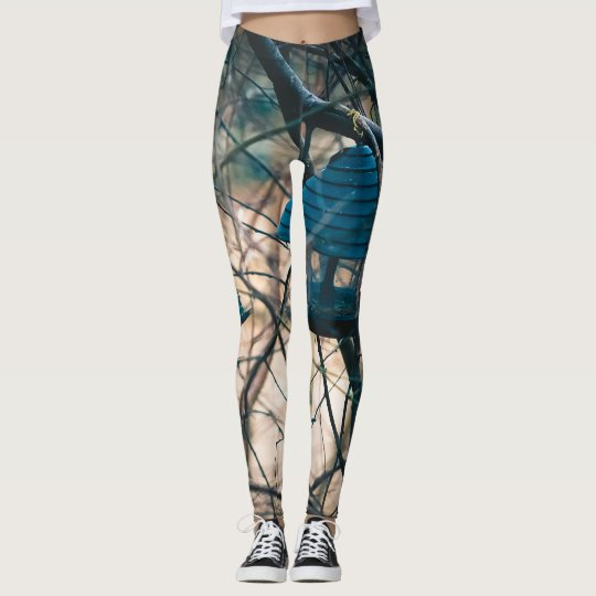 Bird eating leggings