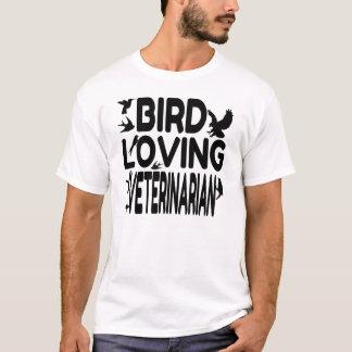 Bird Loving Veterinarian T-Shirt