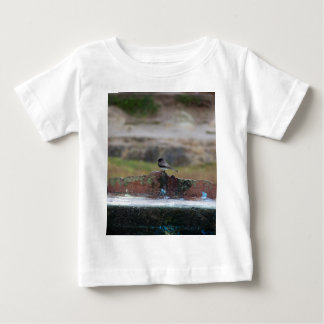 bird on a wall baby T-Shirt