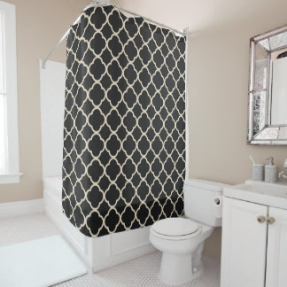 Black and Cream Quatrefoil Tile Pattern